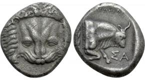 CARACALLA (198-217). Denarius. Rome. Obv: ANTONINVS PIVS AVG.Laureate head right.Rev: LAETITIA / TEMPORVM.Galley under sail in Circus; four quadrigae above; various beasts and fowl below. RIC 157. Condition: Good very fine. Weight: 3.53 g.Diameter: 19 mm.